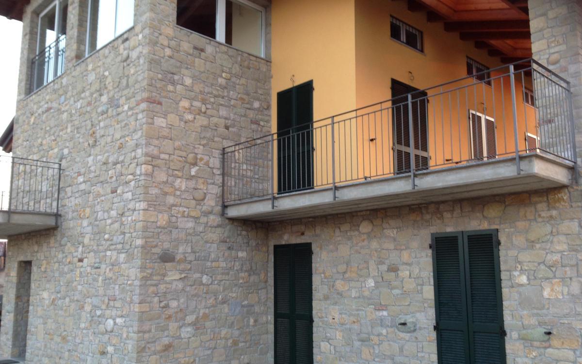 Case Di Campagna In Pietra : Rivestimenti per ambienti interni ed esterni in pietra
