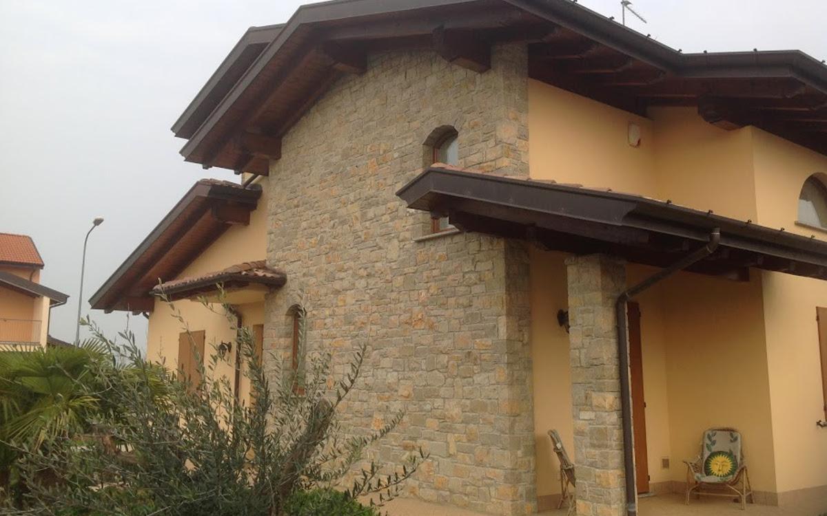 Rivestimenti per ambienti interni ed esterni in pietra for Pietra di credaro rivestimenti